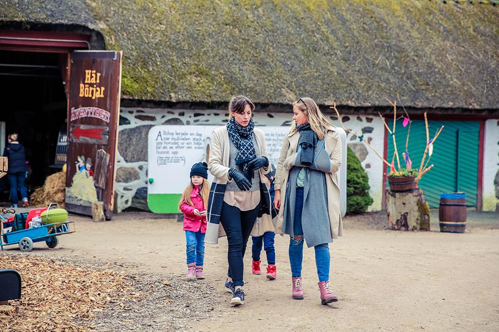 Att ha säsongspremiärat Skånes Djurpark! – Att vara någons fru 35ef9925ded1e